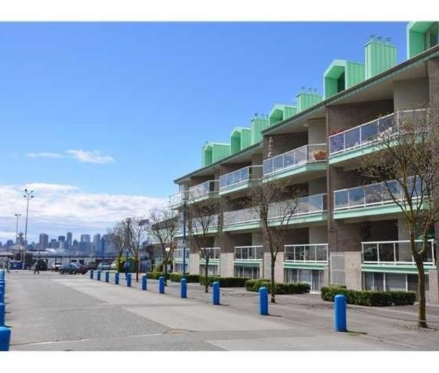 3101 - 33 Chesterfield Place, Lower Lonsdale, North Vancouver