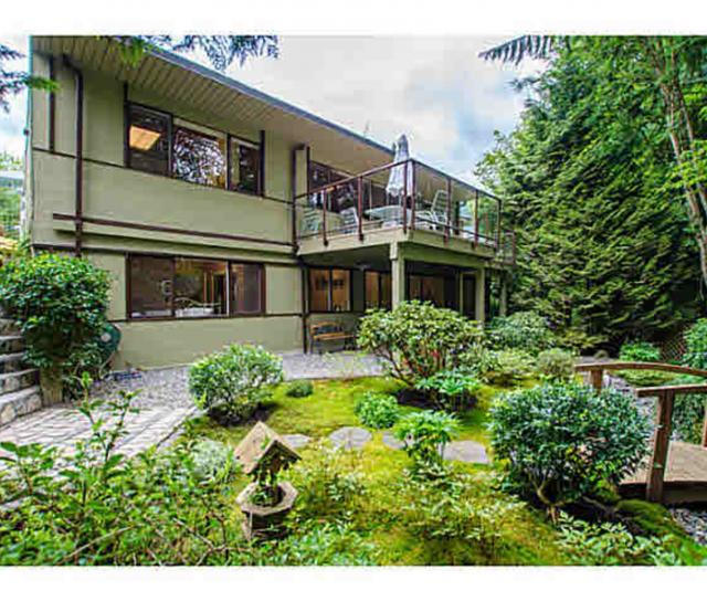 977 Belvedere Drive, Canyon Heights NV, North Vancouver