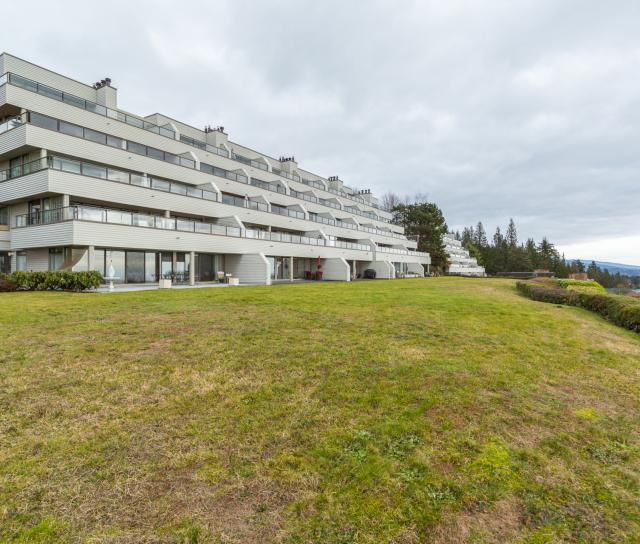 11 - 2242 Folkestone Way, Panorama Village, West Vancouver