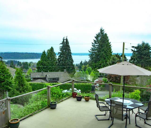1241 Nepal Crescent, Ambleside, West Vancouver 2