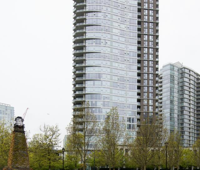 1702 - 583 Beach Crescent, Yaletown, Vancouver West