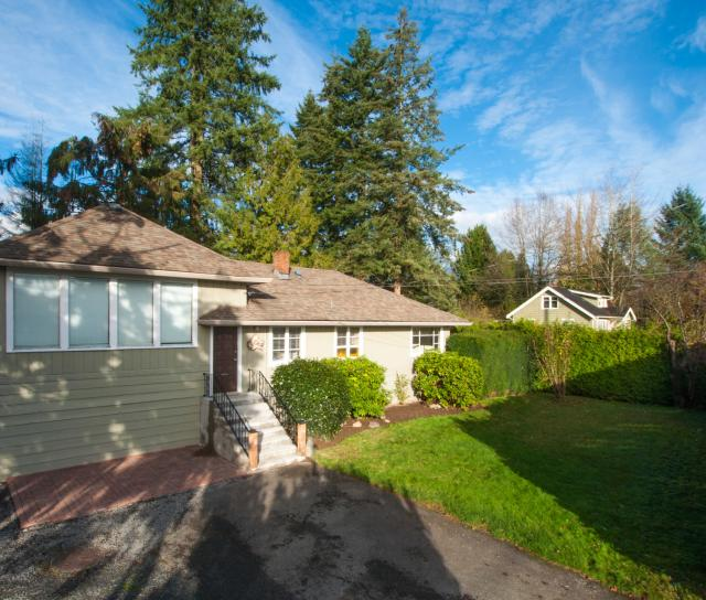 21067 River Road, Maple Ridge,
