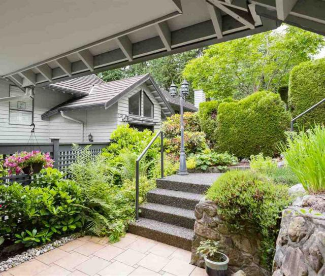 5719 Owl Court, Grouse Woods, North Vancouver 2